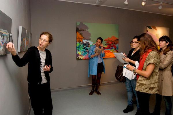 El sentido de la exhibición significa todo ya que el espectador potencial decidirá su asistencia a partir de ello.