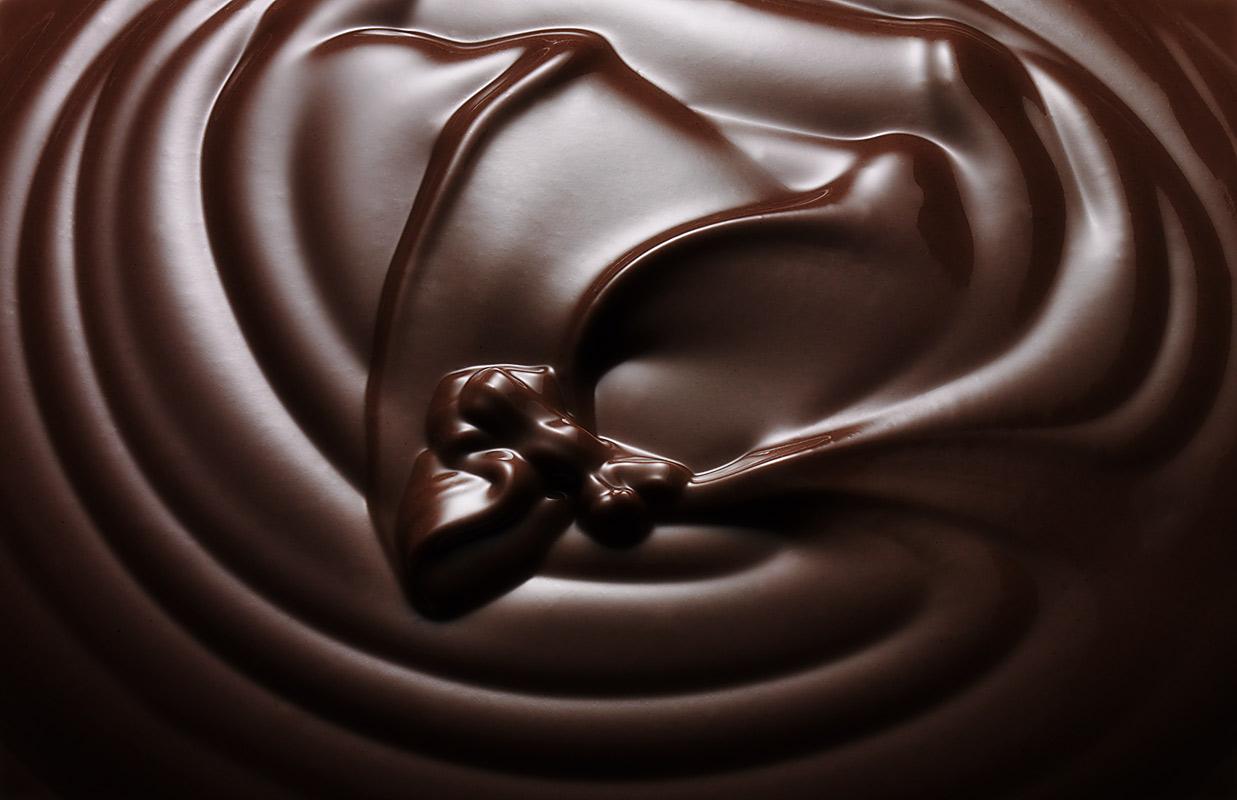 La manteca de cacao cubre los dientes con una capa protectora que puede ayudar a prevenir la aparición de la placa dental y la acumulación de bacterias.