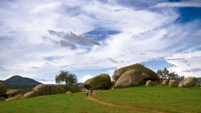 valle de los enigmas, paisajes, naturaleza, centro ceremonial, antropologos, piedrotas, teorias, metioritos, civilizaciones antiguas, piedras extraterrestres, magia, jalisco, guadalajara