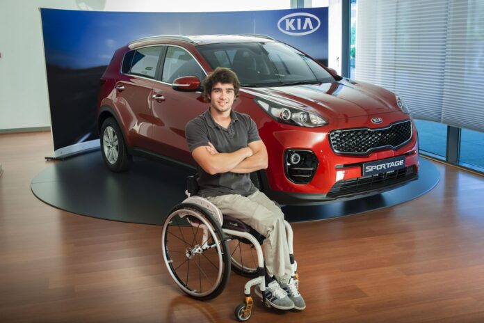 Daniel Caverzaschi, Kia XCeed híbrido, automóvil, automóvil eléctrico, energía, hombre, Kia, empresa Kia