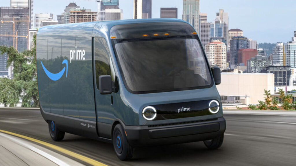 Amazon pone en marcha sus furgonetas Rivian eléctricas, Amazon, 10.000 furgonetas Rivian, coches eléctricos Rivian, Independencia de Amazon, imperio de Amazon, flota propia de vehículos para Amazon, Furgonetas amazon para entregas domiciliarias