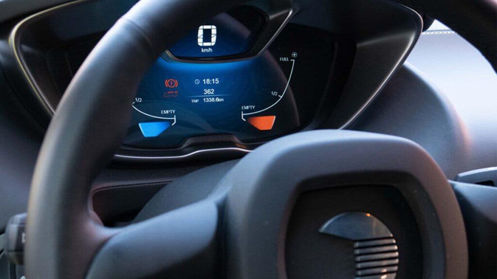 quantino, auto funciona con agua salada, agia salada combustible, autos electricos, venta de autos electricos, coches electricos, coche agua salada, baterias de biON